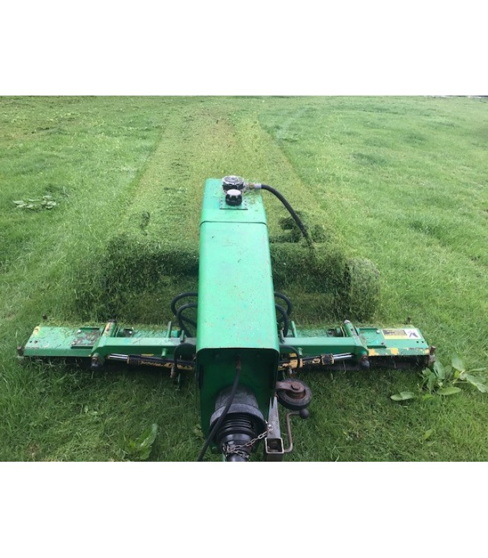 John Deere 303 Trailed Gang Mower