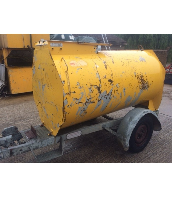 Mainway Engineering Bunded Diesel Bowser 200 Gallon