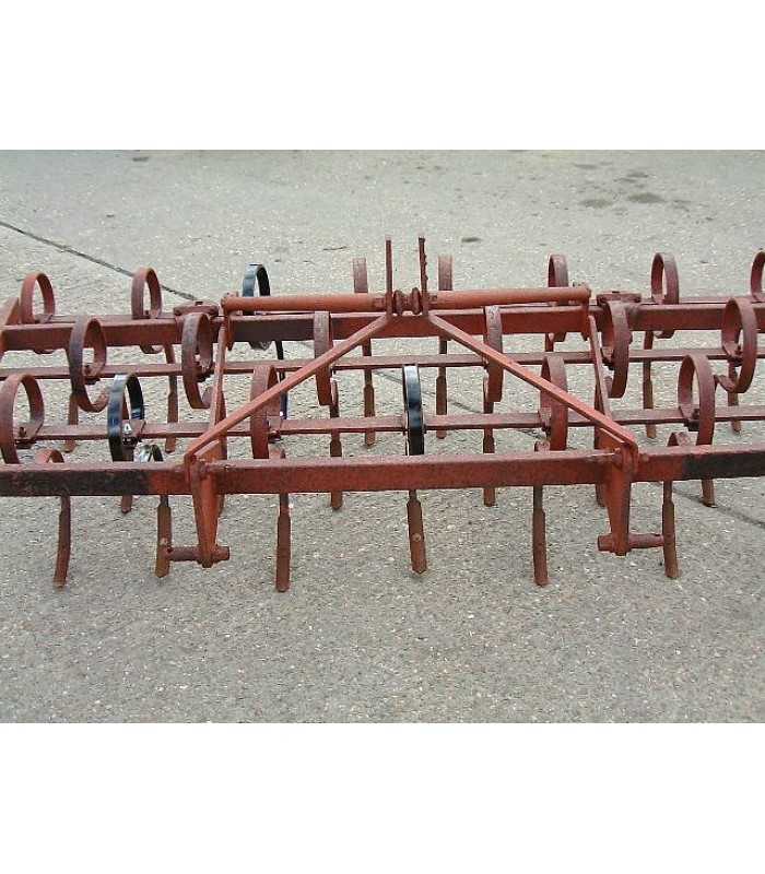 Pigtail Cultivator