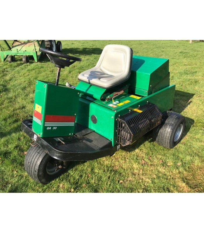 Ransomes GA30 Ride On Aerator