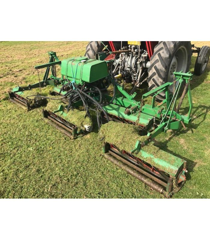 Ransomes Hydraulic Mounted 5 Gang Mower
