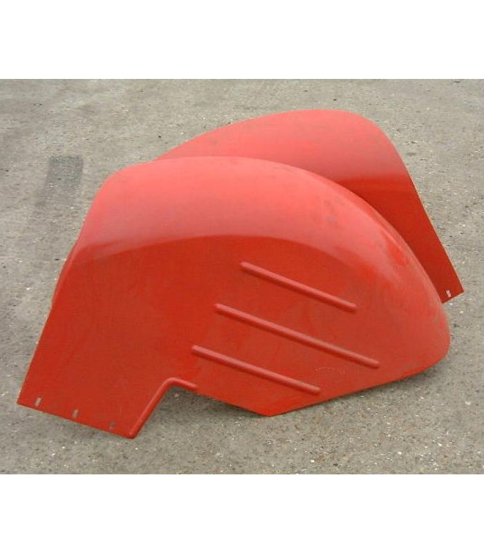 MF 135 Shell Mudguards