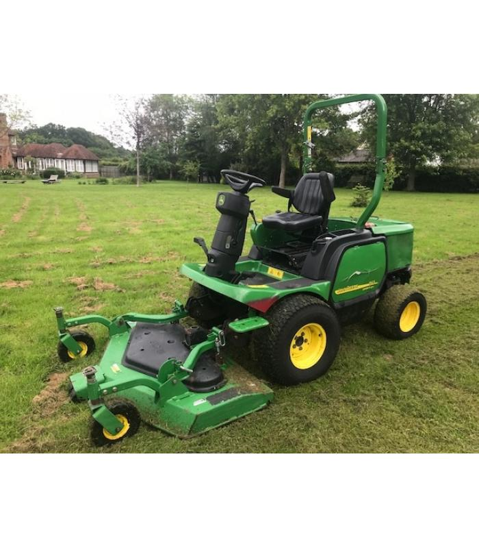 John Deere 1545 Series II Out Front Rotary Mower