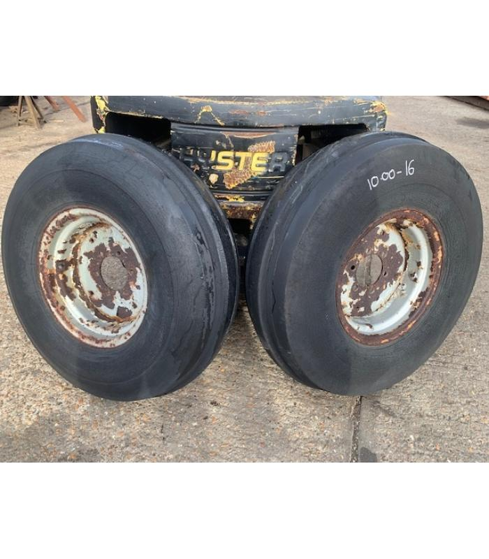 MF 10.00 16 Wheels and Tyres