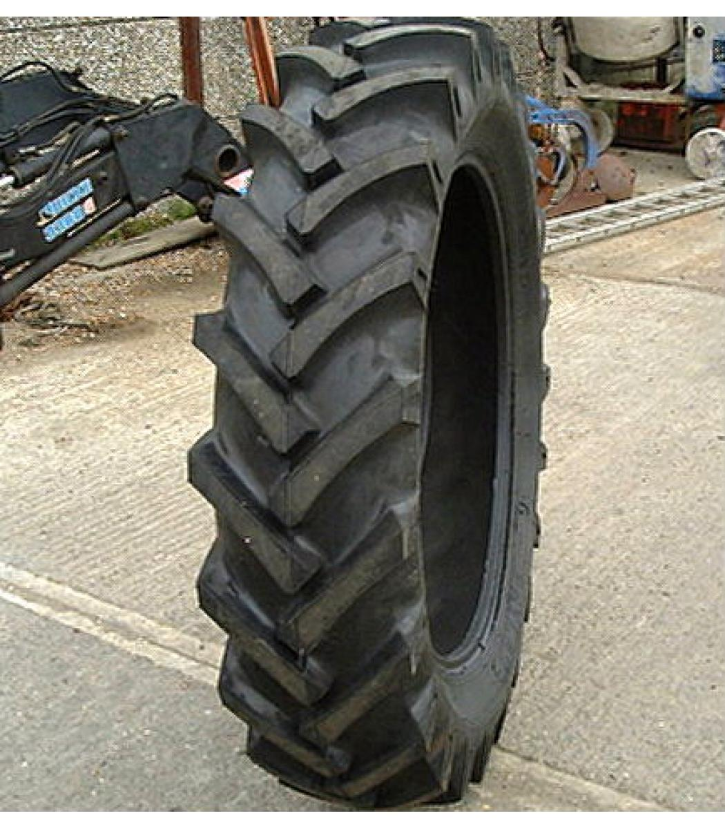 Tractor Rims 36 : New rear tyre